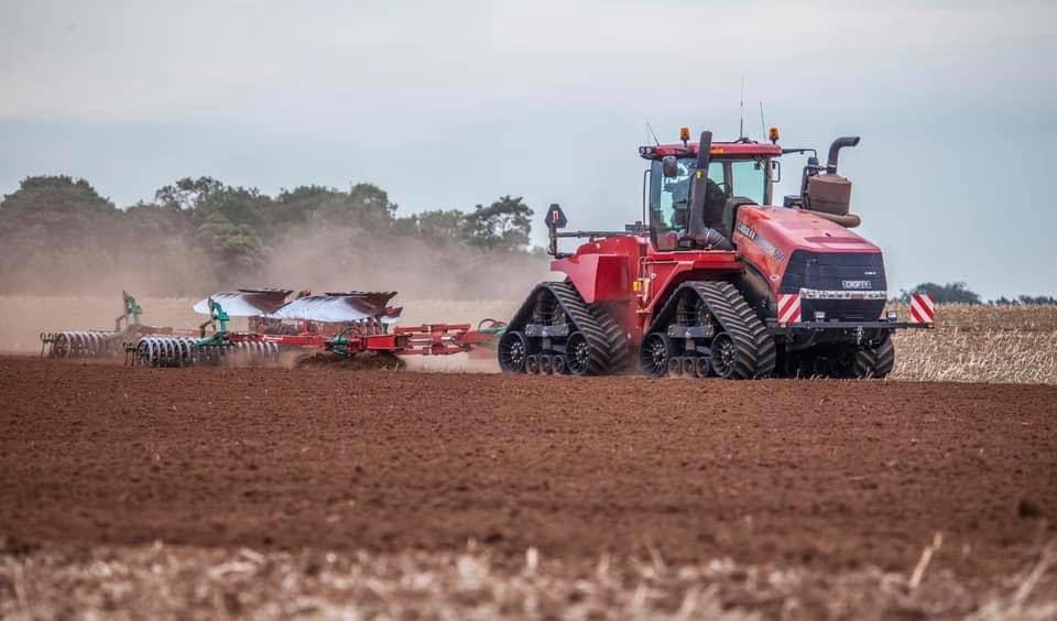 «НФМ АГРО» першим в Україні отримав статус офіційного дистриб'ютора сільськогосподарської техніки Case IH і успішно стартував на ринку сільгосптехніки! | Битва Агротитанів