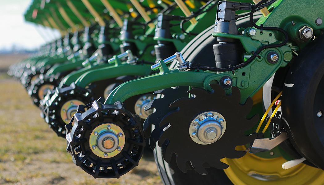 Precision Planting представить обладнання для підвищення якості посіву на Битві Агротитанів   Битва Агротитанів